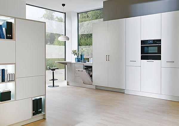 PURE Premium white super matt & TEMA White concrete
