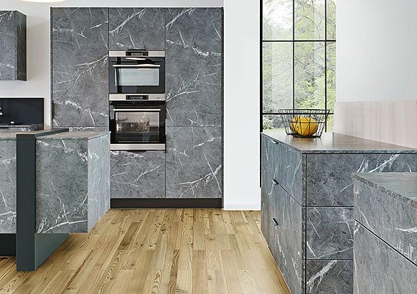 TEMA Dark marble & FEEL Black
